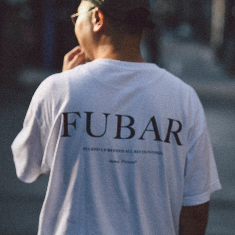 "clumsy. Pictures Tシャツ ""FUBAR S/S TEE - WHITE"""
