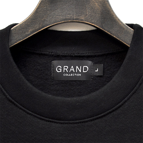 "GRAND COLLECTION スエット ""GRAND SCRIPT PREMIUM CREWNECK - BLACK"""