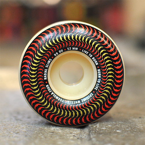 "SPITFIRE ウィール TEAM ""F4 RADIAL SLIM VENOMOUS - 52MM / 99A"""
