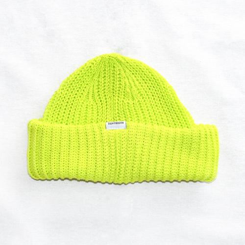 "TIGHTBOOTH PRODUCTION ニットキャップ ""TBPR SHORT KNIT CAP - NEON YELLOW"""